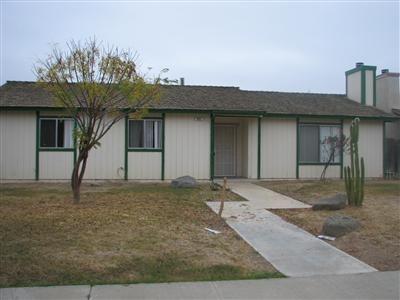 805 S COALINGA ST, COALINGA, CA 93210 - Photo 1