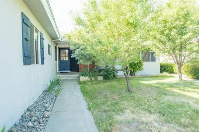 228 WALNUT AVE, Coalinga, CA 93210 - Photo 2