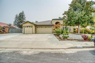 743 BURGAN AVE, Clovis, CA 93611 - Photo 1