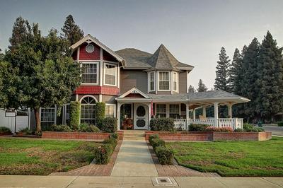 1468 W FLORA AVE, Reedley, CA 93654 - Photo 1