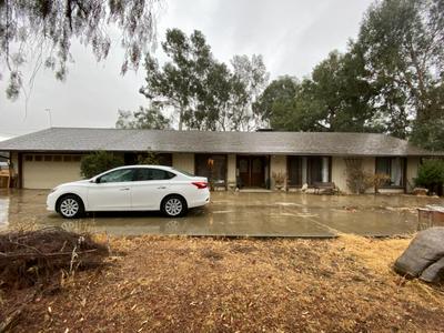 11871 E SHIELDS AVE, Sanger, CA 93657 - Photo 1