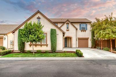 4032 SALEM LN, Clovis, CA 93619 - Photo 2