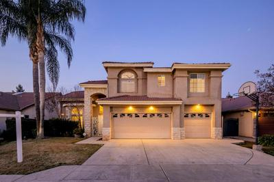 2018 E LESTER AVE, Fresno, CA 93720 - Photo 1