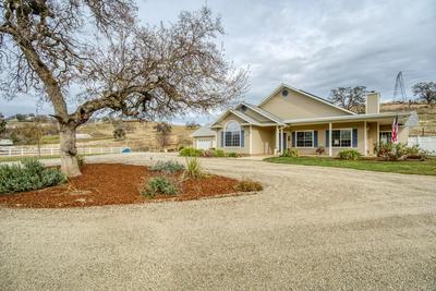 26450 REDHAWK LN, Clovis, CA 93619 - Photo 2