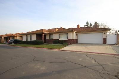 883 E FALLBROOK AVE, Fresno, CA 93720 - Photo 2