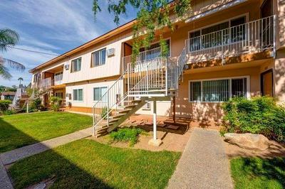 187 E CHERRY LN, Coalinga, CA 93210 - Photo 2