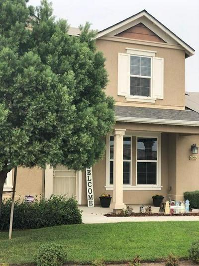 6926 E SAGINAW WAY, Fresno, CA 93727 - Photo 2