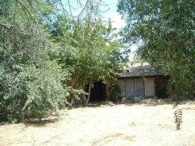 6934 S JAMESON AVE, Fresno, CA 93706 - Photo 1