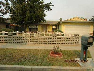 4685 E TRUMAN AVE, Fresno, CA 93725 - Photo 2