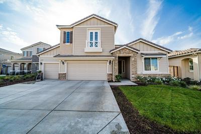 4264 FAIRMONT AVE, Clovis, CA 93619 - Photo 1