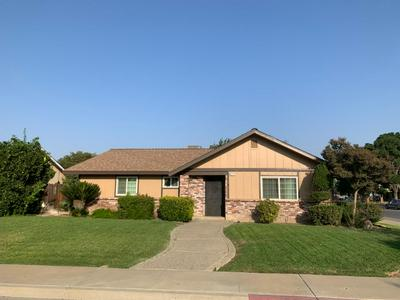 675 S PRINCETON AVE, Coalinga, CA 93210 - Photo 2