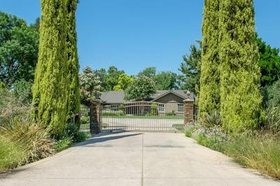 13060 E RIALTO AVE, Sanger, CA 93657 - Photo 2