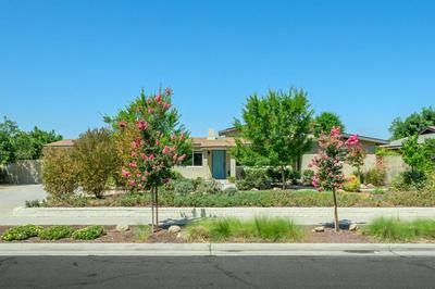 6061 N HARRISON AVE, Fresno, CA 93711 - Photo 2