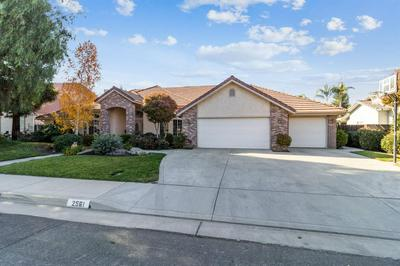 2561 19TH AVE, Kingsburg, CA 93631 - Photo 2