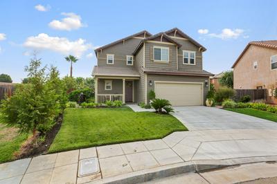 6911 E ORLEANS AVE, Fresno, CA 93727 - Photo 2