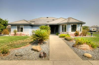 648 E BIRCH AVE, Hanford, CA 93230 - Photo 2