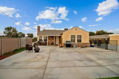 1302 AVENUE 392, Kingsburg, CA 93631 - Photo 1
