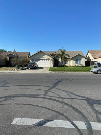 1255 N SACRAMENTO ST, Tulare, CA 93274 - Photo 2