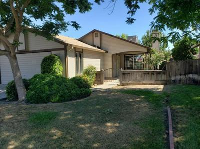 1370 ROOSEVELT ST, Kingsburg, CA 93631 - Photo 1