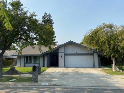 5367 N EL SOL AVE, Fresno, CA 93722 - Photo 1