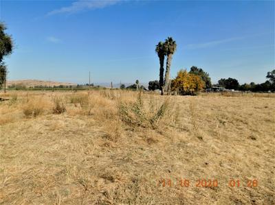 4395 N ZEDIKER AVE, Sanger, CA 93657 - Photo 1