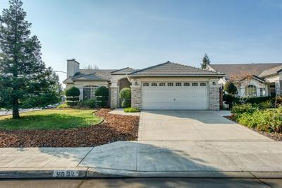 9821 N BACKER AVE, Fresno, CA 93720 - Photo 2