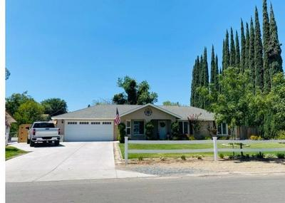 25487 TREMAINE AVE, Madera, CA 93638 - Photo 2