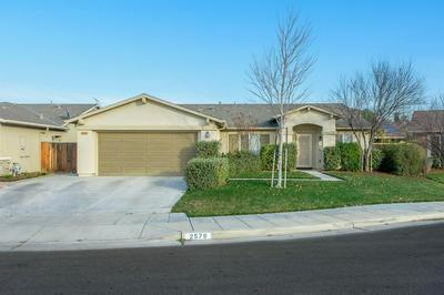 2579 S WALDBY AVE, Fresno, CA 93725 - Photo 2