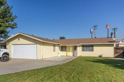567 MEADOW LN, Kingsburg, CA 93631 - Photo 1