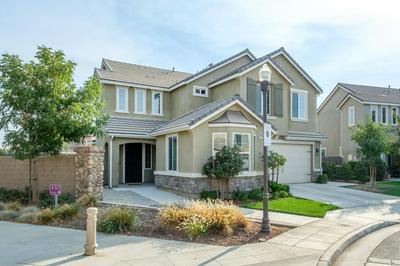 3598 SUSSEX AVE, Clovis, CA 93619 - Photo 2