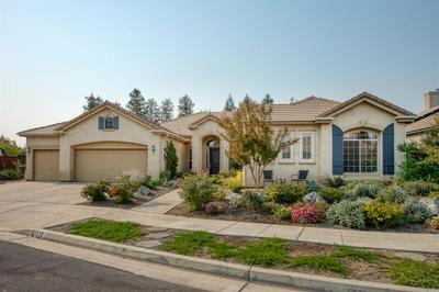 1532 N GATEWAY AVE, Clovis, CA 93619 - Photo 1