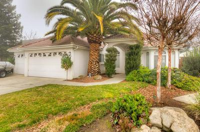 8526 N MERIDIAN AVE, Fresno, CA 93720 - Photo 1