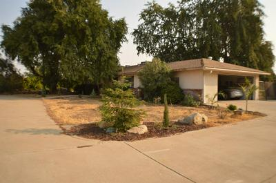 2648 N ARMSTRONG AVE, Fresno, CA 93727 - Photo 2