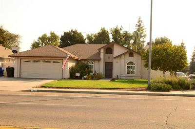 1545 W OLSON AVE, Reedley, CA 93654 - Photo 1