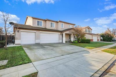 6110 E SUSSEX WAY, Fresno, CA 93727 - Photo 2