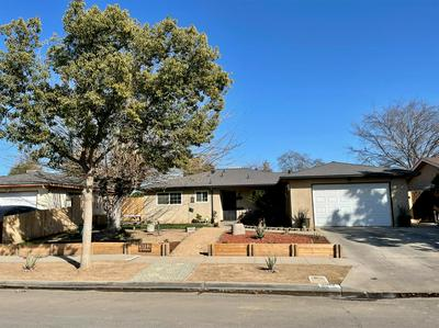 3912 N BRIARWOOD AVE, Fresno, CA 93705 - Photo 1