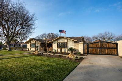 469 S DEE ANN AVE, Fresno, CA 93727 - Photo 1