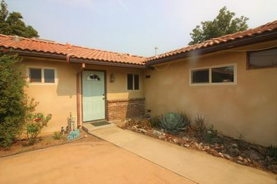580 W MANNING AVE, Reedley, CA 93654 - Photo 1