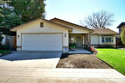4551 W TERRACE AVE, Fresno, CA 93722 - Photo 2