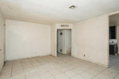 1130 E GEORGE AVE, Fresno, CA 93706 - Photo 2