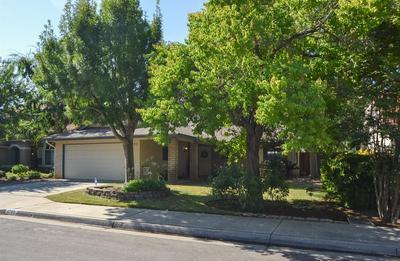 1795 E PRYOR DR, Fresno, CA 93720 - Photo 2