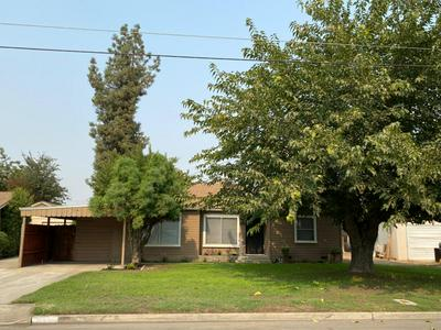 254 W STANLEY AVE, Reedley, CA 93654 - Photo 1