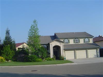 102 CHENNAULT AVE, Clovis, CA 93611 - Photo 1