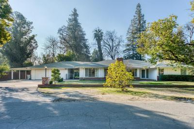 414 E SWIFT AVE, Fresno, CA 93704 - Photo 1