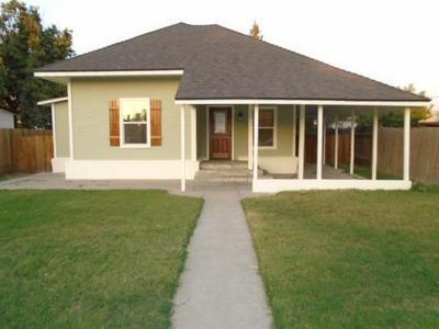 1044 K ST, Reedley, CA 93654 - Photo 1