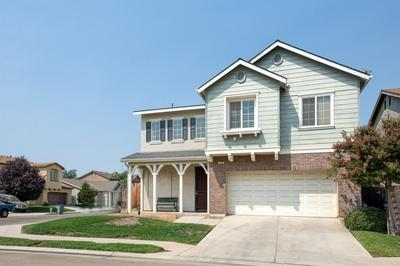 7446 E ROBINSON AVE, Fresno, CA 93737 - Photo 2