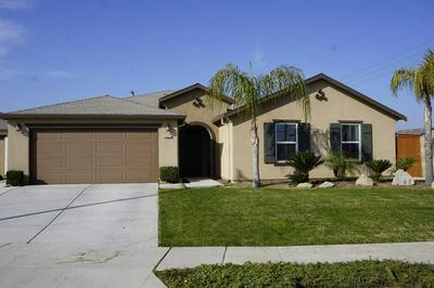 2402 S LIND AVE, Fresno, CA 93725 - Photo 1