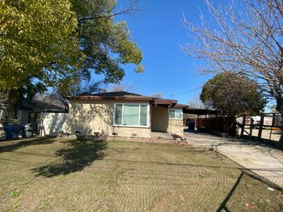 4317 E OLIVE AVE, Fresno, CA 93702 - Photo 1
