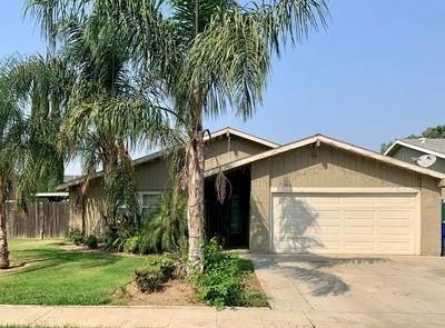 2240 S LAUREEN AVE, Fresno, CA 93725 - Photo 1