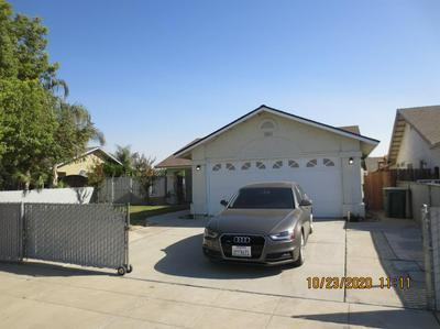 2497 S ROUGHRIDER AVE, Fresno, CA 93725 - Photo 1